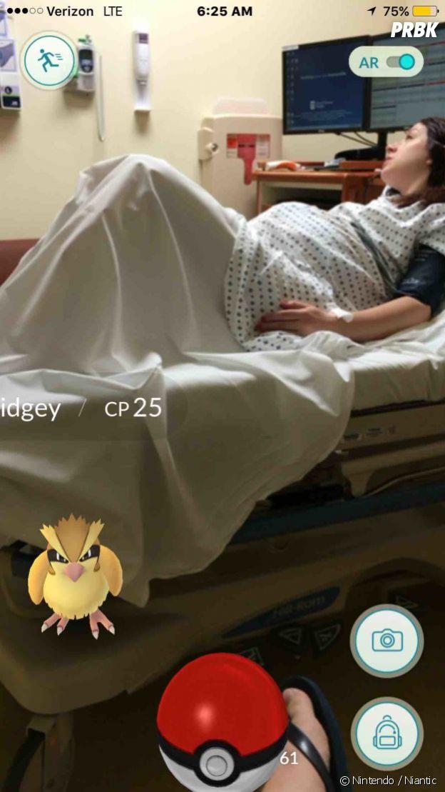 Poémon GO : il attrape un Roucool pendant l'accouchement de sa femme