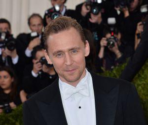 """Entre Idris Elba, Andy Murray, Jamie Dornan ou encore Tom Hiddleston, découvrez qui a été élu""""plus belles fesses de l'année"""" ?"""
