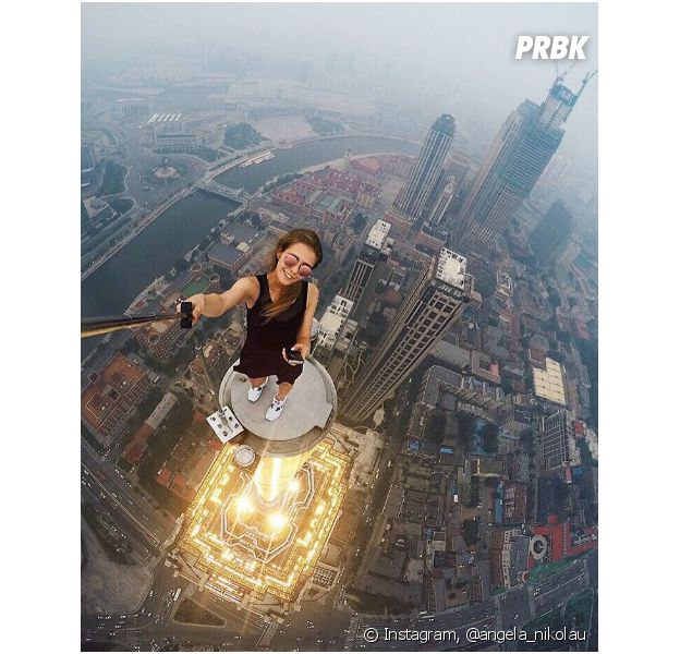 Angela Nikolau réalise les selfies les plus dangereux du monde