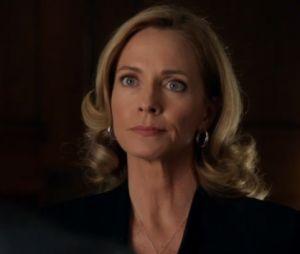 Arrow saison 5 : la mère d'Oliver Queen de retour dans l'épisode 100 ?