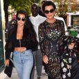 Kris Jenner, la mère de Kourtney Kardashian et Kim Kardashian, était aussi du voyage à Paris.