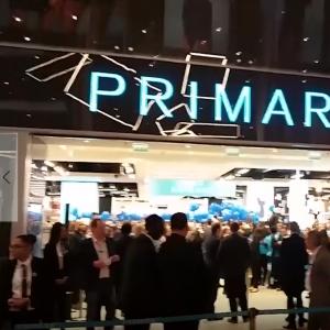 Primark ouvre à Lille, et c'est la folie ! 🙌