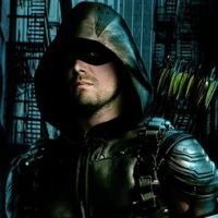 Arrow saison 5 : Oliver bientôt face à Green Lantern ?
