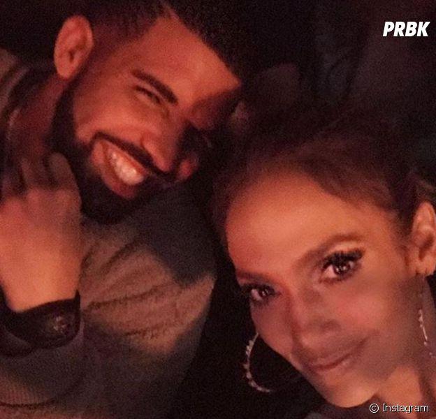 Drake et Jennifer Lopez en couple ? Depuis leur selfie, l'ex de Rihanna et J.Lo seraient très proches.
