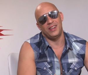 Vin Diesel (xXx : Reactivated) drague une journaliste en plein interview et c'est gênant