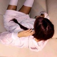 Aurélie Dotremont passe au violet : sa nouvelle couleur de cheveux très originale