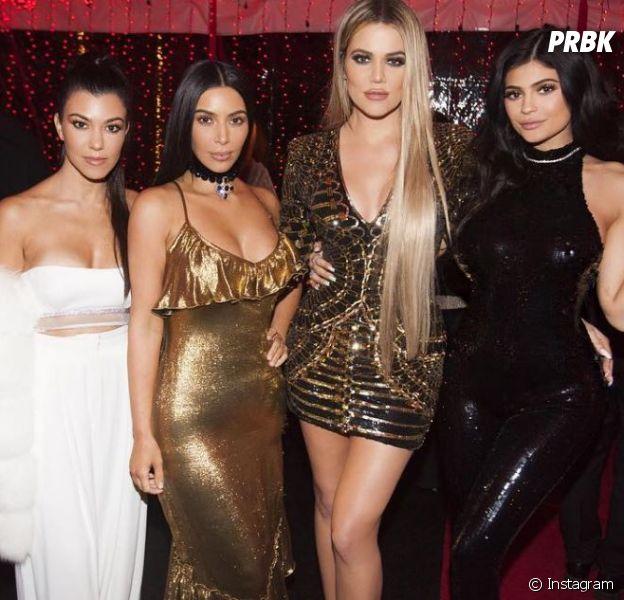 Kim, Khloe et Kourtney Kardashian avec Kylie Jenner pour le réveillon de Noël 2016