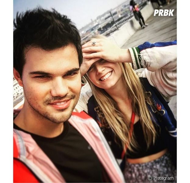 Taylor Lautner soutient sa petite-amie Billie Lourd après la mort de sa mère et de sa grand-mère