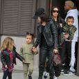 Kim Kardashian : des images inédites de ses agresseurs dévoilées sur TF1.