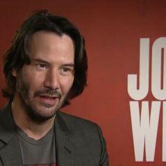 """Keanu Reeves :""""J'ai dû suivre un entraînement badass pour John Wick 2"""" interview"""