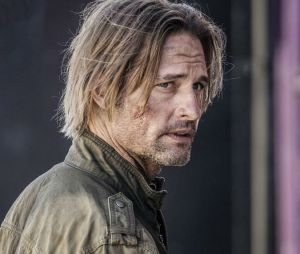 Josh Holloway dans Colony