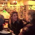 Caroline Ithurbide piégée par Gilles Verdez et arrêtée pour (faux) vol dans un magasin dans Les enquêtes de TPMP