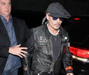 Johnny Depp très amaigri à la soirée d'anniversaire de Lady Gaga !