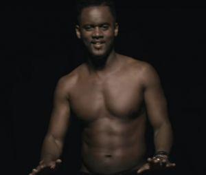 """Black M et Shakira dévoilent le clip de leur duo """"Comme moi"""" !"""