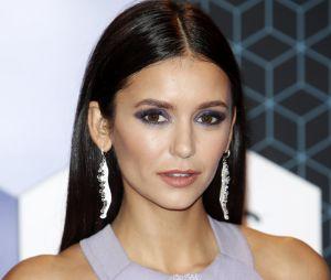 Nina Dobrev sans maquillage : découvrez à quoi ressemble la star de The Vampire Diaries une fois démaquillée !