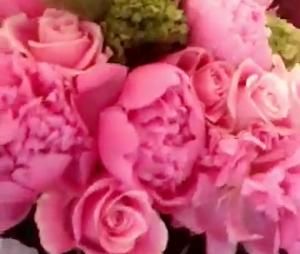 Bella Thorne et Scott Disick en couple ? Après le date ensemble, il lui aurait offert des fleurs !