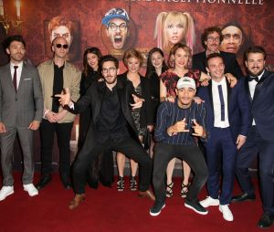 L'équipe à l'avant-première du film Le Manoir le 9 juin 2017 au Grand Rex à Paris