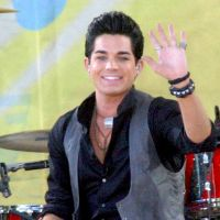 Adam Lambert reprend Pink avec Whataya Want From Me ... le clip
