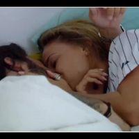 Benjamin (Les Princes et les princesses de l'amour) embrasse Anastasiya et passe la nuit avec elle