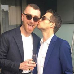 Brandon Flynn (13 Reasons Why) et Sam Smith fiancés ? La bague qui sème le doute 💍