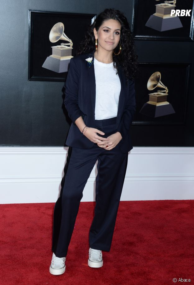 Alessia Cara en sneakers aux Grammy Awards 2018 !