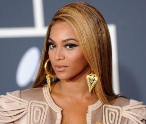 Beyoncé mordue au visage par une actrice : WTF ? Le récap de cette histoire délirante !