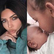 Kim Kardashian dévoile une nouvelle photo de bébé Chicago trop cute avec son frère Saint