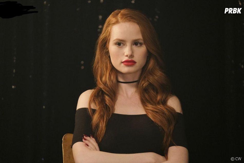 Riverdale saison 2, épisode 18 : Cheryl (Madelaine Petsch) sur une photo