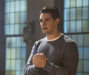 Riverdale saison 2, épisode 18 : Kevin (Casey Cott) sur une photo