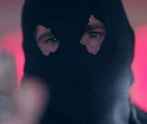 Riverdale saison 2 : Black Hood de retour, un nouveau mort et gros changements à venir