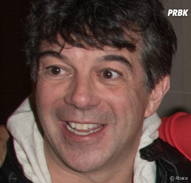 Stéphane Plaza nu sur scène : l'animateur se lâche pour la dernière de sa pièce de théâtre !