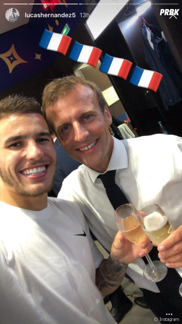 Coupe du monde 2018 : Lucas Hernandez prend la pose avec Emmanuel Macron après la victoire des Bleus
