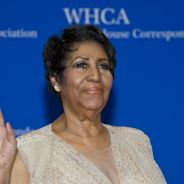 Mort d'Aretha Franklin : Nikos Aliagas, Hugh Jackman... stars et anonymes lui rendent hommage