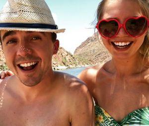 Frankie Muniz (Malcom) fiancé à sa petite amie Paige Price