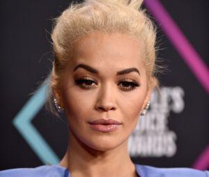 """Rita Ora se confie sur sa bisexualité : """"c'était un sujet très sensible pour moi"""""""
