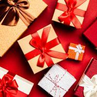 Mécontent de ses cadeaux de Noël, un enfant de 9 ans appelle la police qui intervient à son domicile