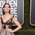 Anne Hathaway sur le tapis rouge des Golden Globes le 6 janvier 2019