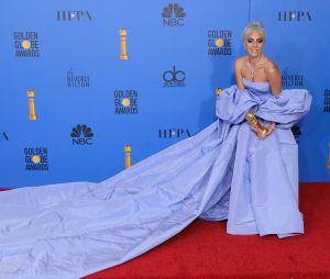 Lady Gaga pas sacrée meilleure actrice aux Golden Globes, les fans en colère sur Twitter.