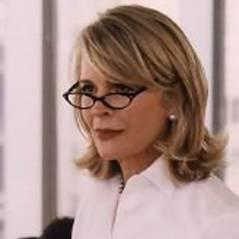 Dr House saison 7 ... on connait la belle maman de House