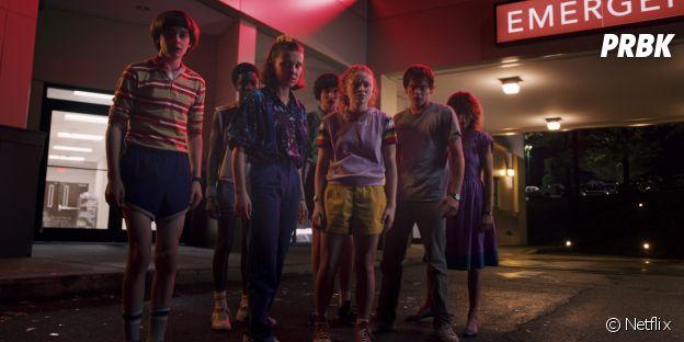 Stranger Things saison 3 : Eleven, Mike et les autres sur une photo