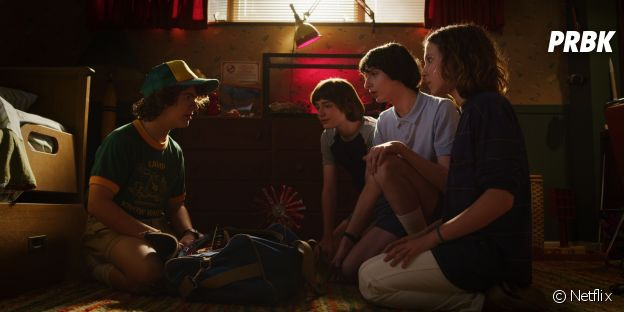 Stranger Things saison 3 : Dustin, Will, Mike et Eleven sur une photo