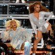 Beyoncé star d'un documentaire sur Netflix : découvrez la bande-annonce de  Homecoming : Un film de Beyoncé , sur les coulisses de son concert à Coachella.