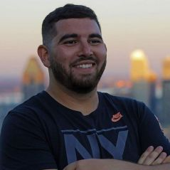 Nike : il fait 418 km à pied pour décrocher un job, la marque le félicite (mais ne l'embauche pas)