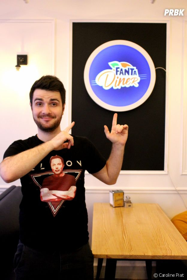Fanta x You 3 : les coachs Natoo, Amixem, Kevin Tran (Le Rire Jaune) et McFly inaugurent le Fanta Creative Space.