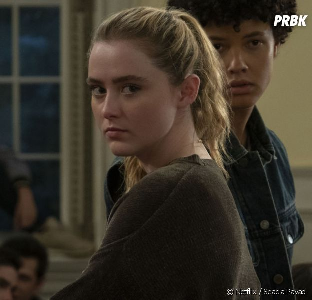 Kathryn Newton dans The Society