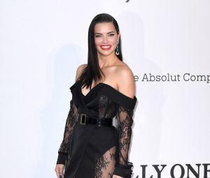 Festival de Cannes 2019 : Adriana Lima au gala de l'amfAR
