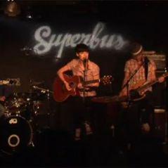 NRJ Music Tour 2010 ... J-3 ... un membre du groupe Superbus rejoint la comédie musicale Dracula