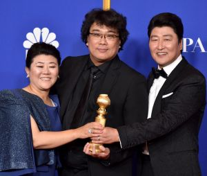 L'équipe de Parasite récompensée aux Golden Globes 2020 le 5 janvier à Los Angeles