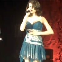 Selena Gomez ... en concert en LIVE sur le net aujourd'hui