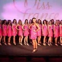 Miss France 2011 ... la présentation des 33 candidates devant Alain Delon